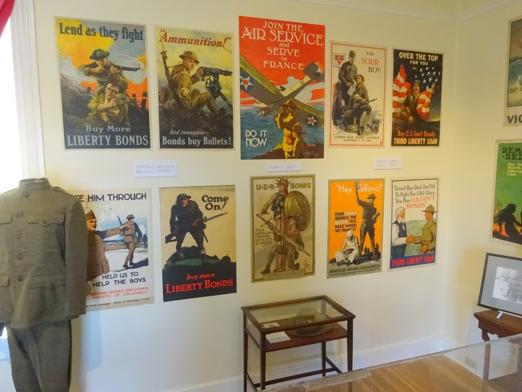 POSTERS AND CASE